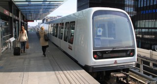 How do driverless trains work?